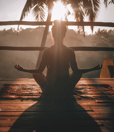 Relaxing into the Light: A 12-Minute Meditation Experience By Triveni Das Maharaj